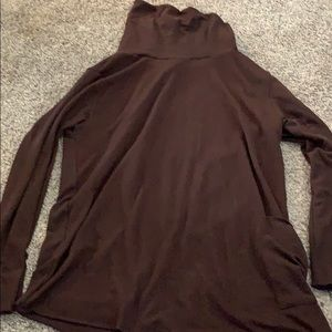 Other - Maroon Turtle Neck Fits Like Large